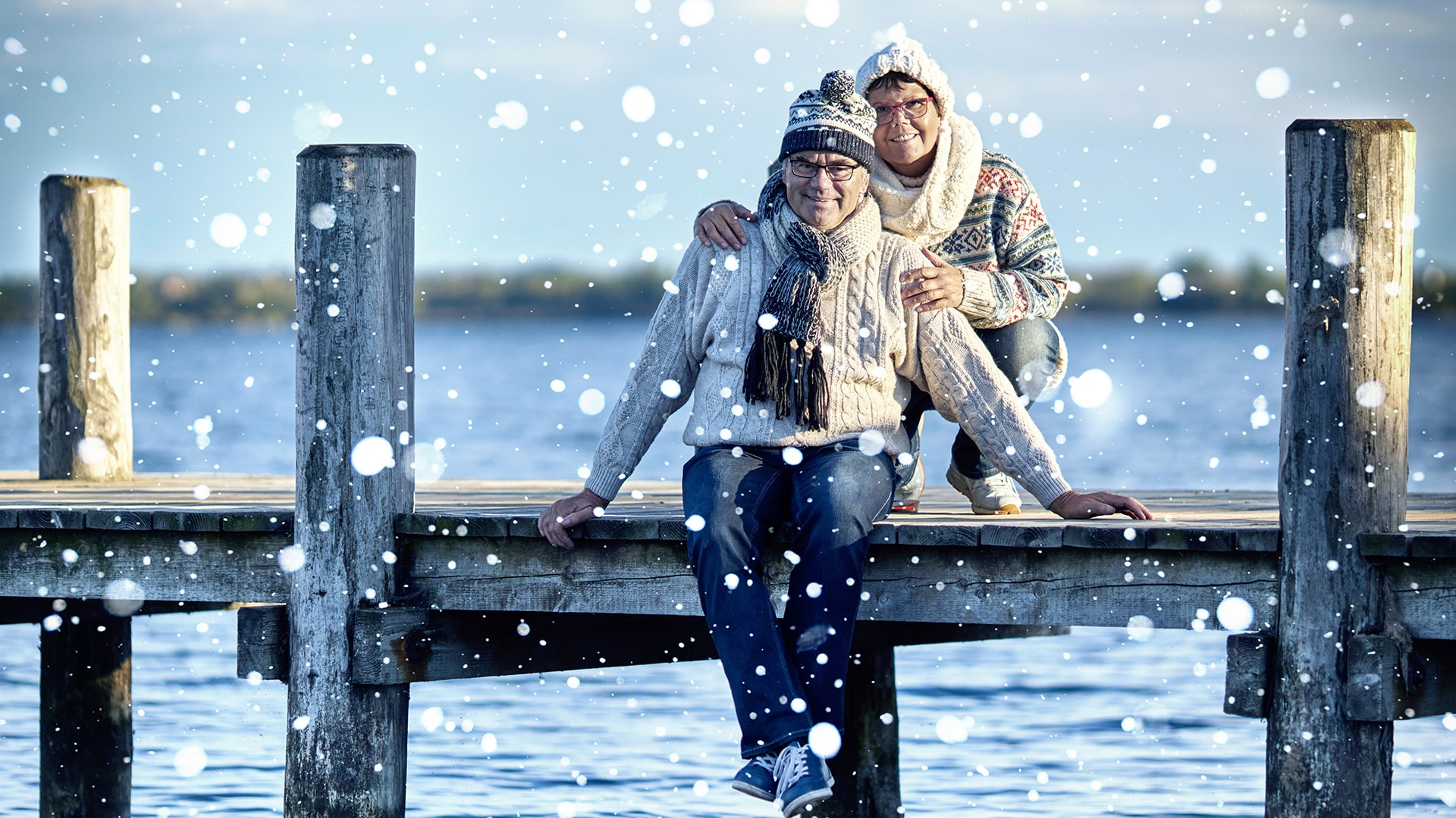 Home-Page-Older-Adults-at-a-lake-in-winter